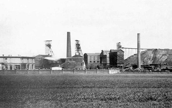 6-Zeche-Massener-Tiefbau-1-2-1899--StA-UN